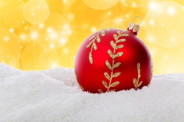 christmas-ball-316492_640 (2)